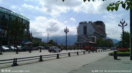 都江堰市区一景图片
