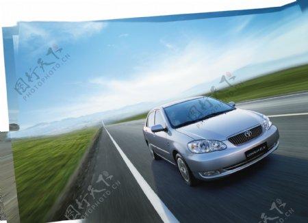 丰田轿车图片