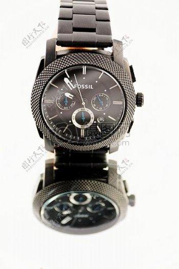 精美的黑色腕表