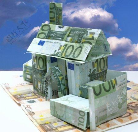 欧元叠成的别墅