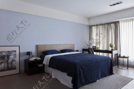 现代清新雅致卧室浅蓝色背景墙室内装修图