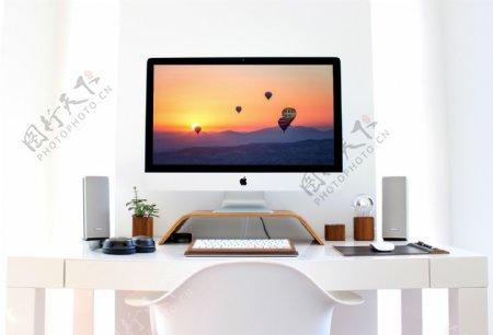 书房办公场景下苹果iMac台式电脑样机机样
