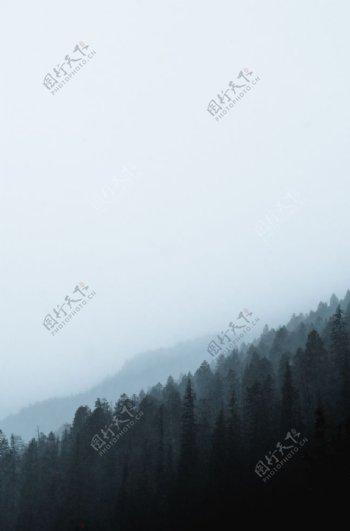 山林与山脉
