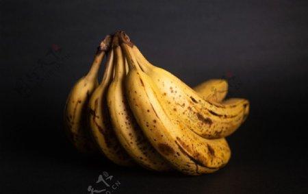 香蕉纯色背景