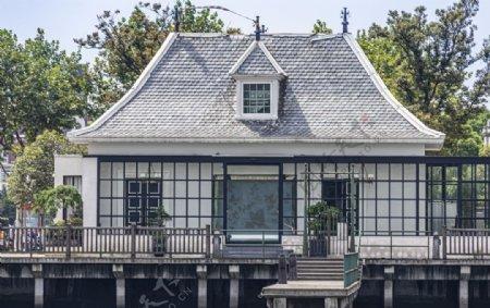欧式别墅简约建筑背景海报素材图片