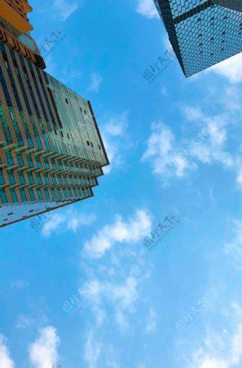 蓝天高楼大厦图片