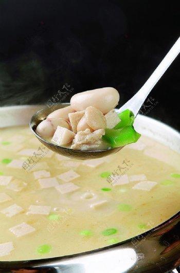 特色菜滋补鸡腰汤图片