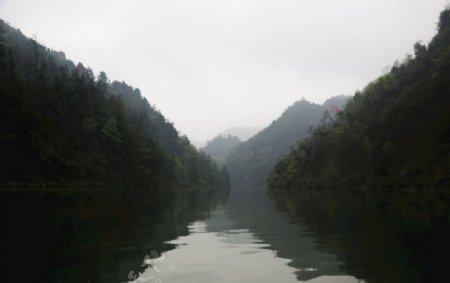 山水之间风景春天图片