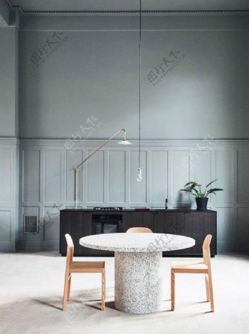 浅灰色墙面图片