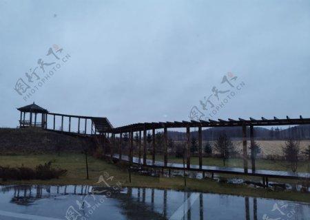 雨后亭子图片