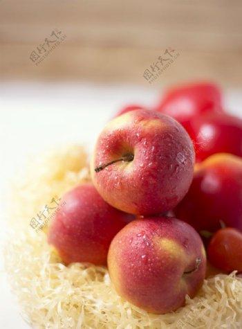 新鲜苹果摄影图片