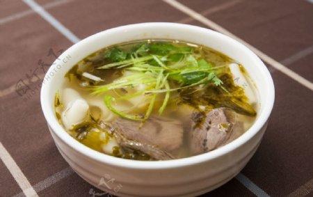 牛肉汤面片图片